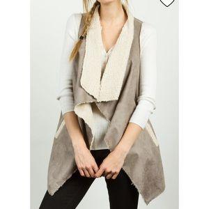 TCEC • Faux Suede Fleece Gray Vest Cardigan Comfy